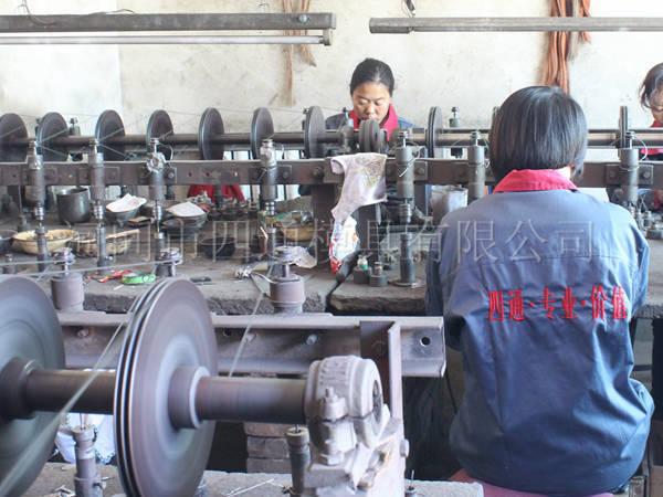 大孔研磨车间主要生产大孔拉丝、绞线、冲压等模具